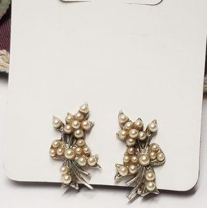 Unique Vintage Pearl Earrings